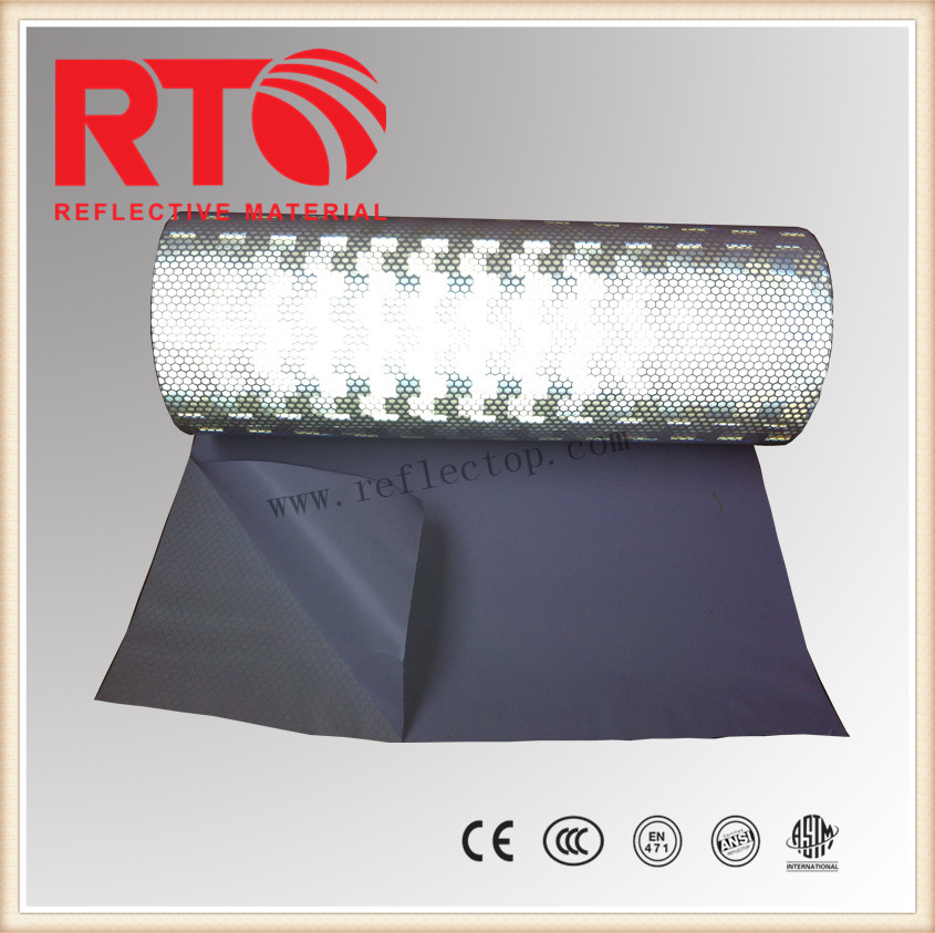 Prismatic reflective film for vehicle